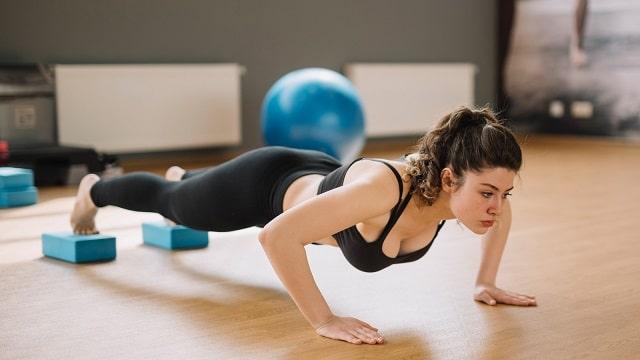 tập gym giảm cân cho nữ - Bài tập chống đẩy
