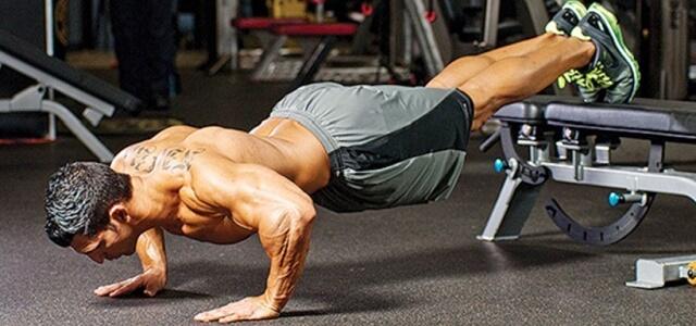 Bài tập hít đất giúp cải thiện cơ ngực hiệu quả