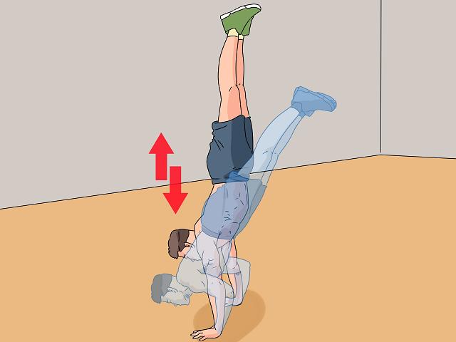Cách thực hiện bài tập vai tại nhà - Handstand Push-Ups