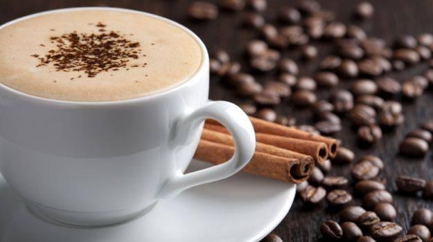 Caffein không tốt cho da mụn