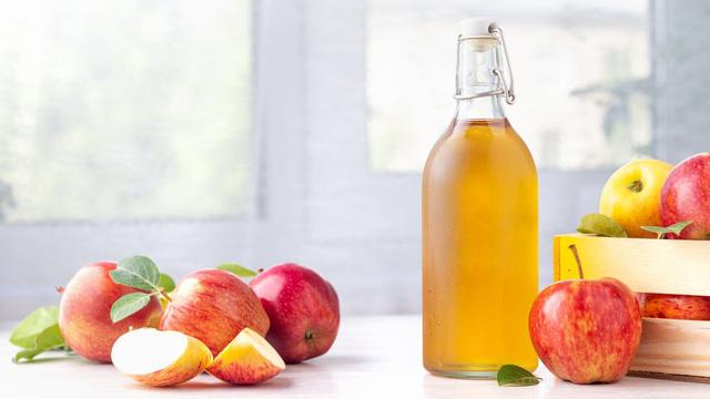 Giảm cân bằng detox với Giấm táo