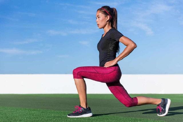 Lúc này, bạn dần dần cảm nhận được phần bắp chân trở nên căng ra và nóng hơn, đây là lúc bài tập phát huy hiệu quả nhất