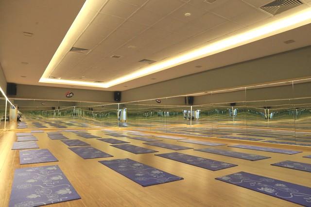 Phòng tập yoga cao cấp tại fit24