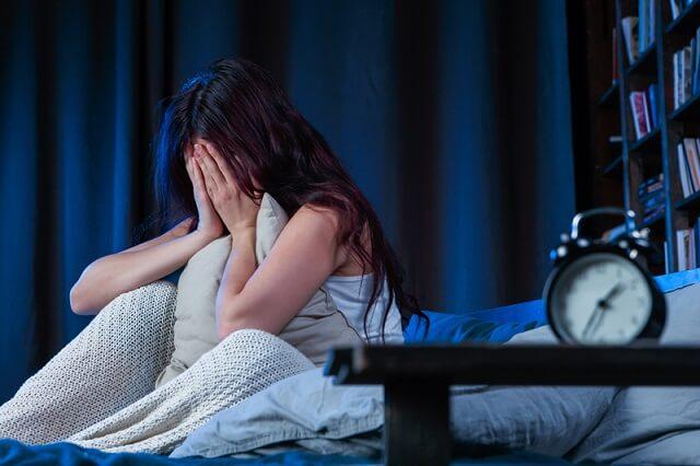 Thực hiện chế độ ăn kiêng Paleo có thể dẫn đến tình trạng mất ngủ