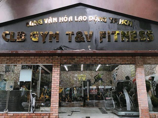 Bên ngoài phòng tập T&V Fitness