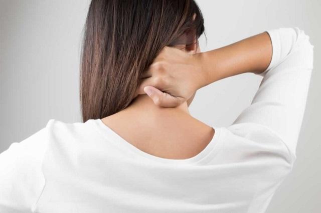 Có dấu hiệu đau cổ thì nên tập với cường độ vừa phải