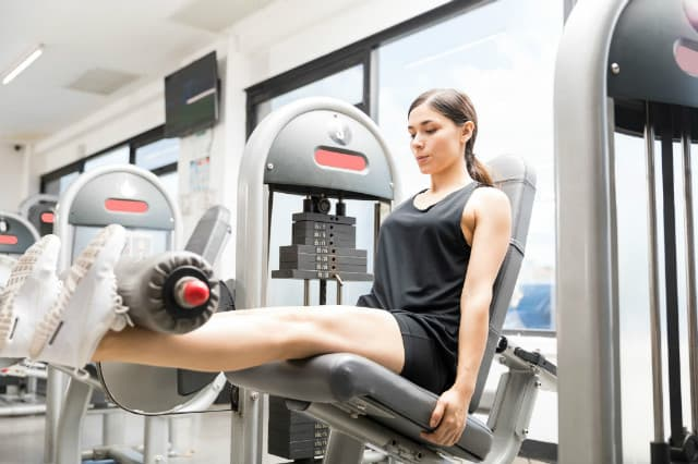 các loại máy tập gym - Máy tập dành cho cơ đùi