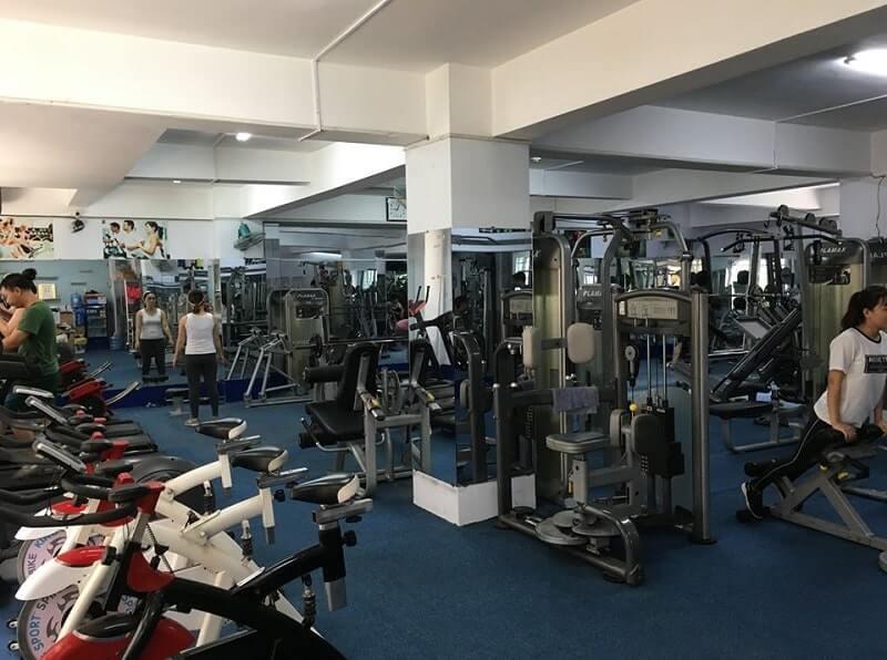 Phòng tập Olympic - C Gym dành cho cả nam và nữ