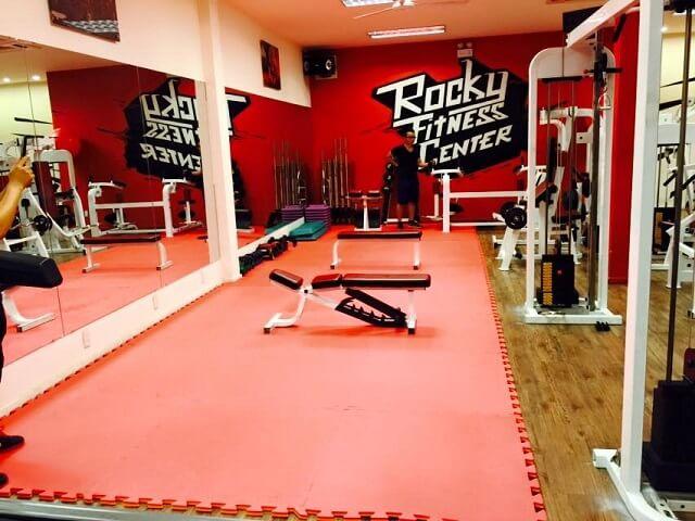 Rocky Fitness Center có 2 cơ sở tại Tân Bình và Tân Phú